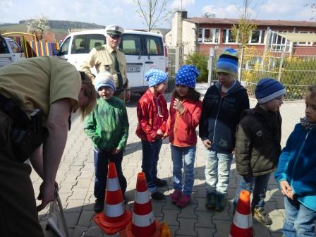 2016_KG_04_Verkehrspolizei (April 2016)