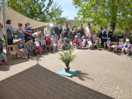 2016_KG_05_Mutter und Vatertagsfeier (Mai 2016)